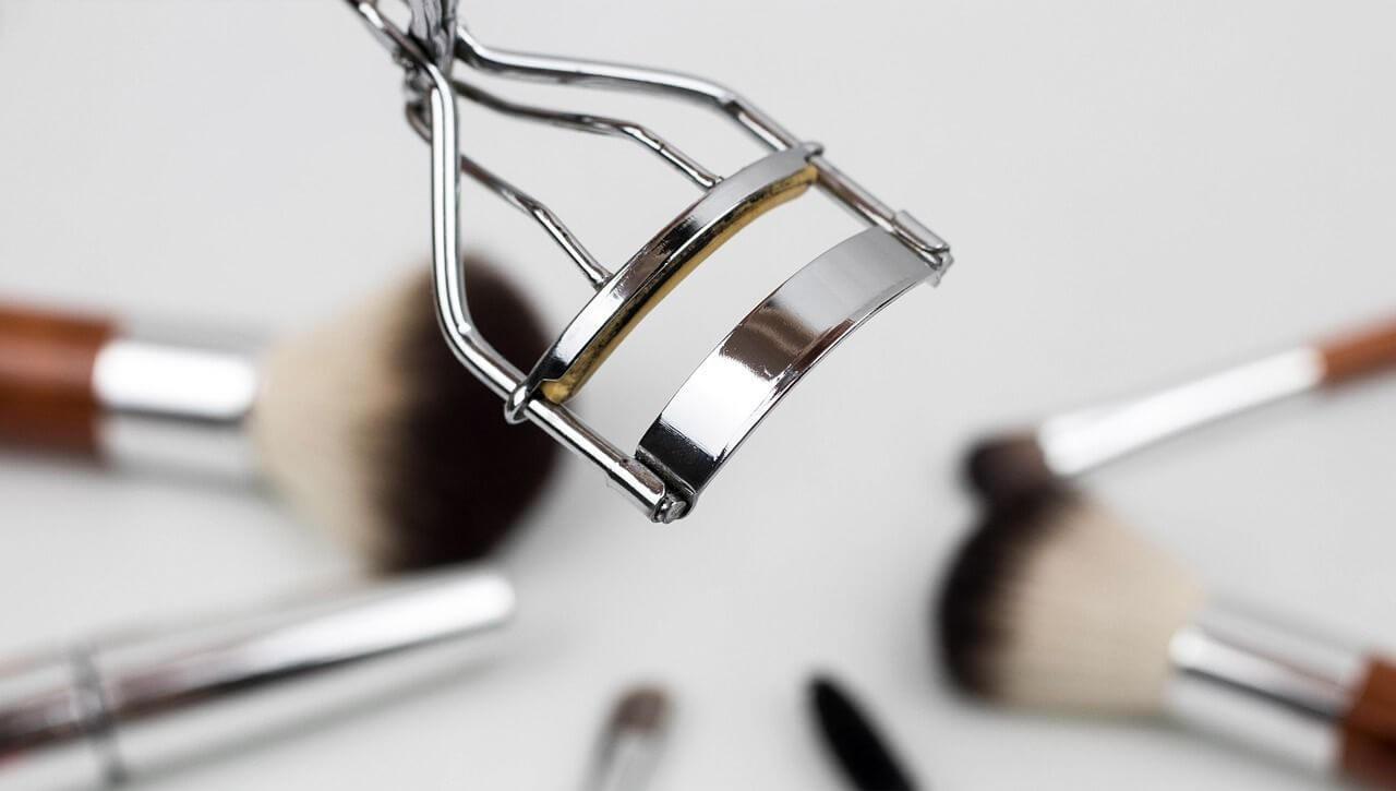 make-up-tools
